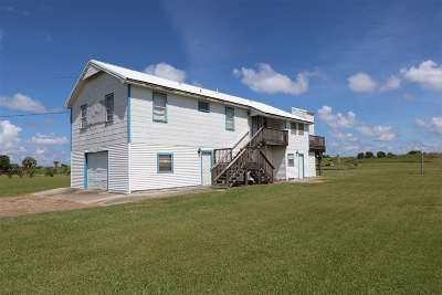 Grand Isle Single Family Home For Sale: 4148 La Hwy 1