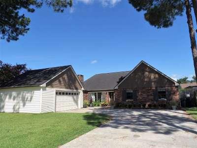 Houma Single Family Home For Sale: 14 South Cane Circle