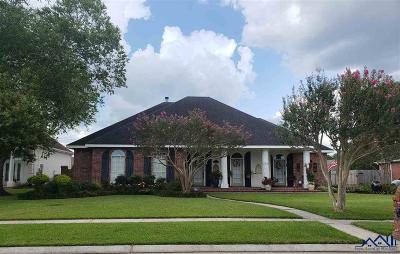 Houma Single Family Home For Sale: 502 Cheyenne Drive