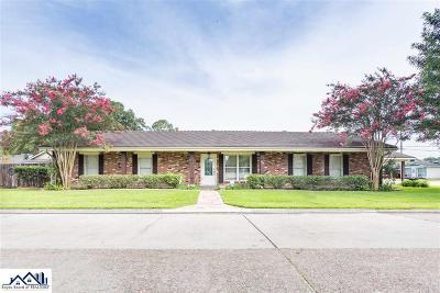 Houma Single Family Home For Sale: 505 Jefferson Davis Street