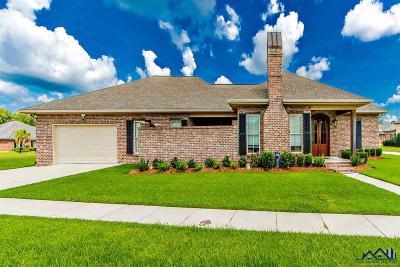 Houma Single Family Home For Sale: 3398 Brookwood Drive