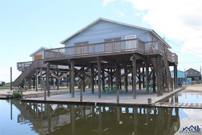 Grand Isle LA Single Family Home For Sale: $275,000