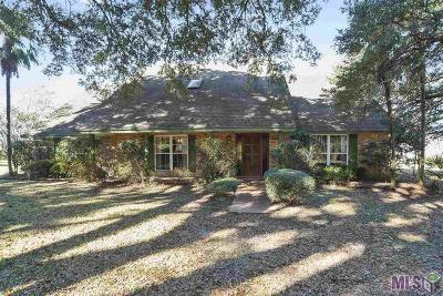 Baton Rouge Single Family Home For Sale: 11808 Oak Shadow Dr