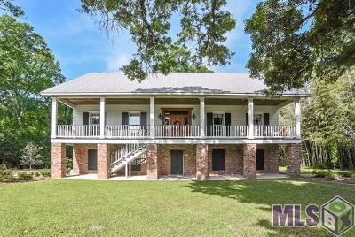 Denham Springs Single Family Home For Sale: 1144 S River Rd