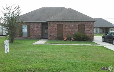 Zachary Single Family Home For Sale: 18113 Martha Dr