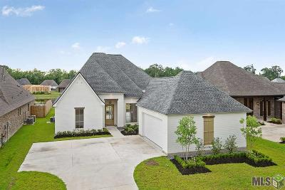 Prairieville Single Family Home For Sale: 37392 Whispering Hollow Ave