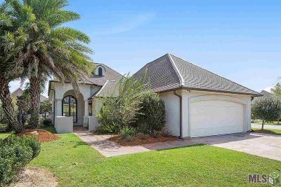 Denham Springs Single Family Home For Sale: 25844 Royal Troon Ave