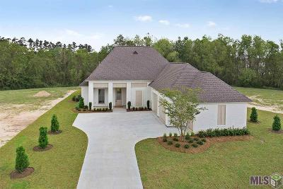 Denham Springs Single Family Home For Sale: 25807 Carnoustie Way