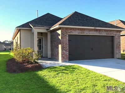 Denham Springs Single Family Home For Sale: 32439 Curtis Cove Ln