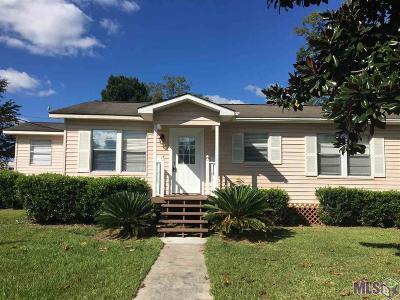 Gonzales Single Family Home For Sale: 306 E Railroad St