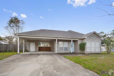 Gonzales Single Family Home For Sale: 39013 Prairie South Dr