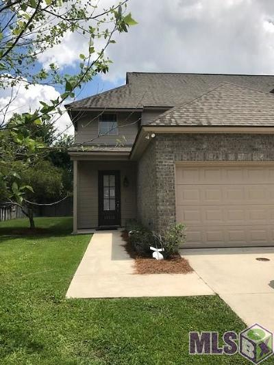 Prairieville Condo/Townhouse For Sale: 18148 Pinehurst Dr