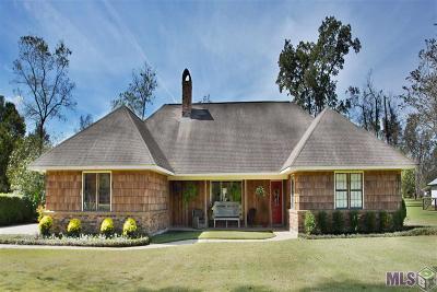 Zachary Single Family Home For Sale: 23111 Sunnyside Ln