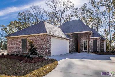 Gonzales Single Family Home For Sale: 41217 Talonwood Dr