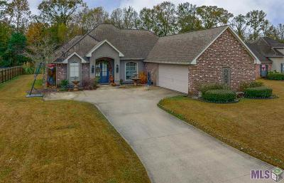 Gonzales Single Family Home For Sale: 2229 N Twin Circle Dr