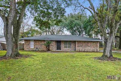 Zachary Single Family Home For Sale: 4917 Lois Dr