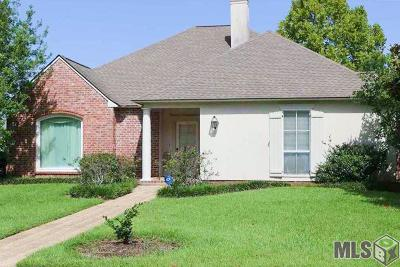 Baton Rouge Single Family Home For Sale: 1223 E Stanwick Pl
