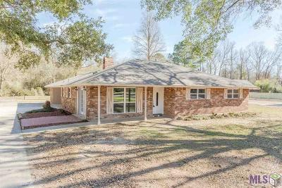 Baton Rouge Single Family Home For Sale: 8424 Shady Bluff Dr