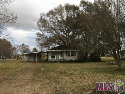 Prairieville Single Family Home For Sale: 16504 Larry Johnson Rd