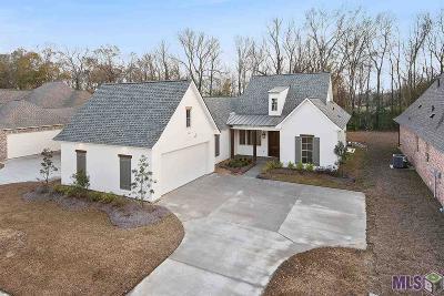 Prairieville Single Family Home Contingent: 37383 Whispering Hollow Ave
