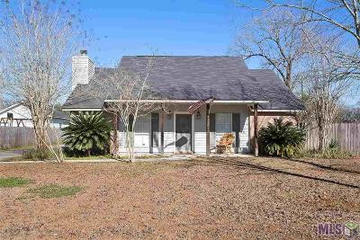 Gonzales Single Family Home For Sale: 40356 Sycamore Ave