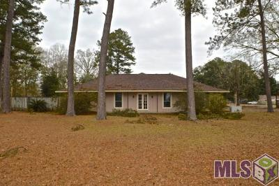 Gonzales Single Family Home For Sale: 43440 Circle Oaks Dr