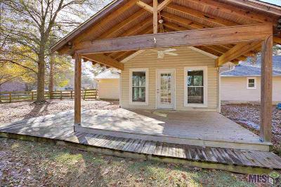 Denham Springs Single Family Home For Sale: 26614 Debra Dr