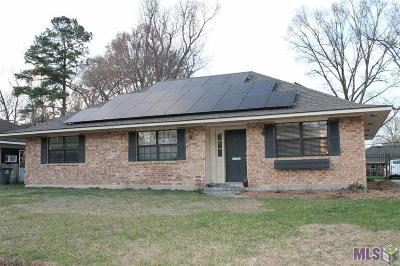 Baton Rouge Single Family Home For Sale: 10687 Ranchwood Dr