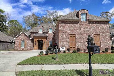Greenwell Springs Single Family Home For Sale: 18135 Villa Trace Ave