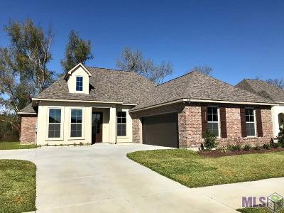 Gonzales Single Family Home For Sale: 620 Lakehaven Dr