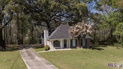 Prairieville Single Family Home For Sale: 18245 Muddy Creek Rd
