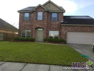 Zachary Single Family Home For Sale: 1326 Pleasant Ridge
