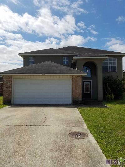 Denham Springs Single Family Home For Sale: 12250 Sprucewood Dr