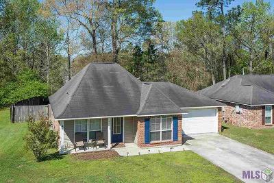 Denham Springs Single Family Home For Sale: 23423 Springhill Dr