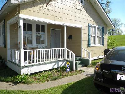 Port Allen Single Family Home For Sale: 208 Maryland Ave