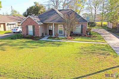 Prairieville Single Family Home For Sale: 18504 Perkins Oaks Dr