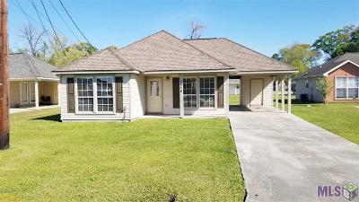 Gonzales Single Family Home For Sale: 1426 W Amber Ave