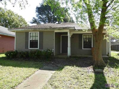 Baton Rouge Single Family Home For Sale: 540 Flatsway Dr