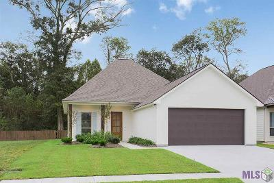 Gonzales Single Family Home For Sale: 14418 Sterling Oaks Dr