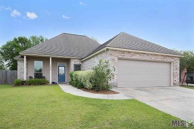 Gonzales Single Family Home Contingent: 14478 Essen Terrace Dr