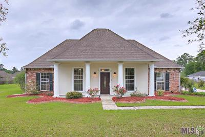Denham Springs Single Family Home For Sale: 7821 Denham Chase Ave