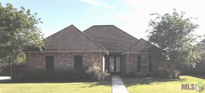 Port Allen Single Family Home For Sale: 2225 Woodland Ct