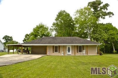Gonzales Single Family Home For Sale: 14219 Adam Arceneaux Dr