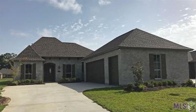 Prairieville Single Family Home For Sale: 37336 Whispering Hollow Ave