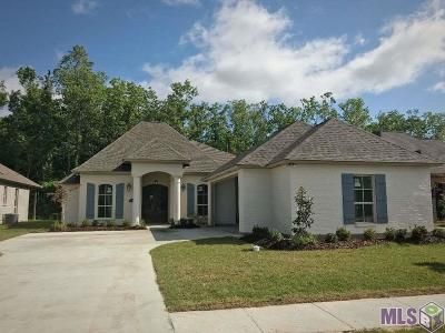 Prairieville Single Family Home For Sale: 37372 Cypress Hollow Ave