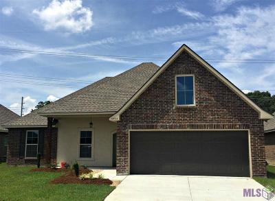Zachary Single Family Home For Sale: 1305 Cedar Trail Ave