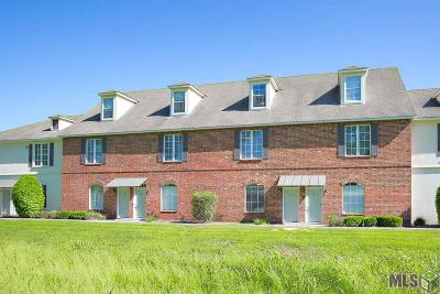 Baton Rouge Condo/Townhouse For Sale: 4000 Lake Beau Pre #128