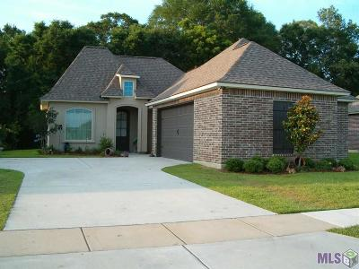Zachary Single Family Home For Sale: 8933 Highland Oaks Ave