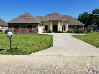 Denham Springs Single Family Home For Sale: 10183 Garden Oaks Ave
