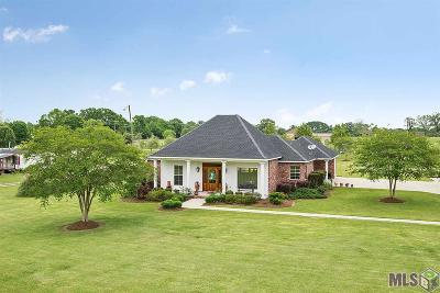 Zachary Single Family Home For Sale: 7025 Port Hudson Pride Rd